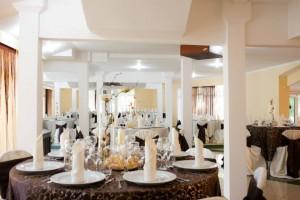salon nunta - culoare predominanta pe nuanta de maro 10 20130723 1510331768