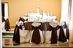 salon nunta - culoare predominanta pe nuanta de maro 21 20130723 1423907378