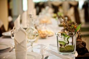 salon nunta - culoare predominanta pe nuanta de maro 27 20130723 1128950688