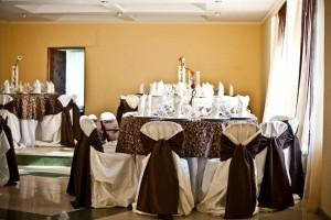 salon nunta - culoare predominanta pe nuanta de maro 32 20130723 1851921842