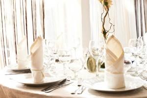 salon nunta - culoare predominanta pe nuanta de maro 33 20130723 2047495394